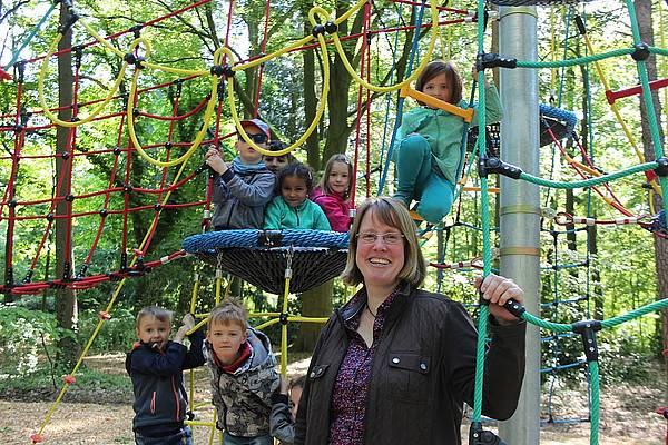 Klettergerüst Englisch : Neues klettergerüst im stadtpark radio gütersloh